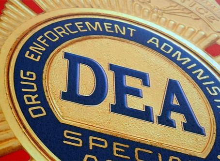 """""""Estados Unidos: o império do narcotráfico"""""""