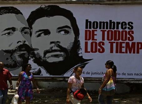"""""""Maceo e Che: paradigmas da história cubana"""""""
