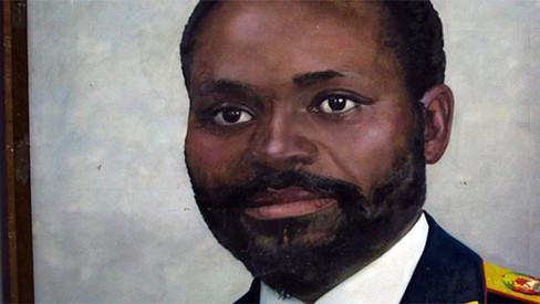 """Machel: """"Estabelecer o Poder Popular para servir as massas"""""""