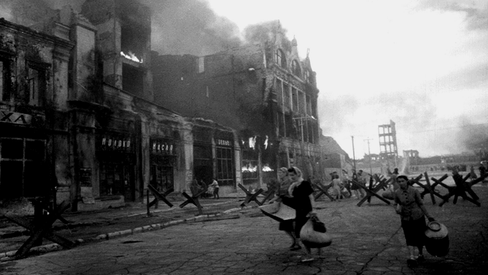 """""""O papel das mulheres na defesa de Stalingrado"""""""
