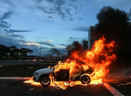 Sobre o recrudescimento da repressão e a necessidade de uma nova tática nas manifestações