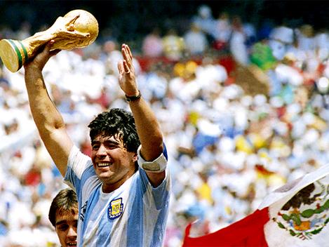 """""""Maradona não traiu o povo, fez dele notícia"""""""