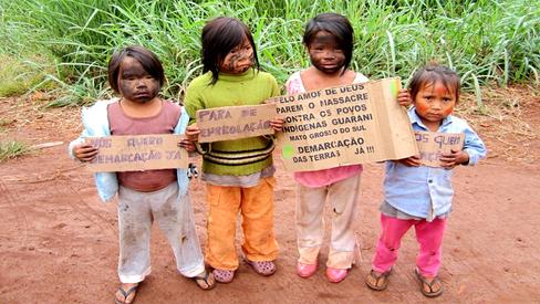 """Fome entre os Guarani e Kaiowá: """"Criança chora, não aguenta mais. Sofrimento mesmo. Quase comen"""