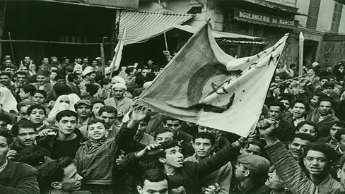 """Fanon: """"A guerra da Argélia e a libertação dos homens"""""""