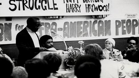 """Haywood: """"A Luta pela Posição Leninista na Questão dos Negros nos EUA"""""""