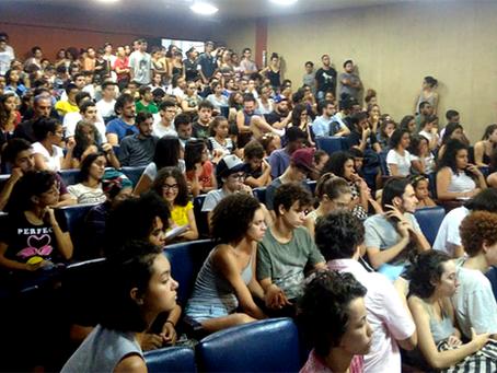 Trabalhadores e estudantes da UNESP de Assis rechaçam plano da reitoria de destruição da Universidad