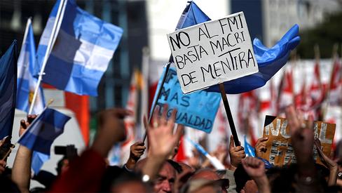 """""""Macri, basta de fome!"""""""