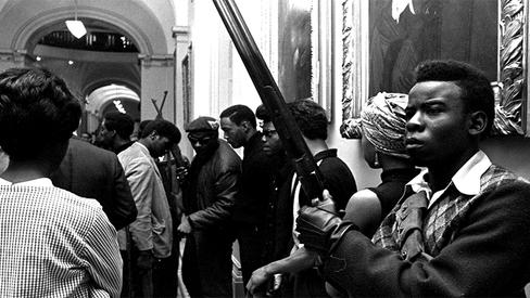 """Huey P Newton: """"Em defesa da autodefesa"""""""