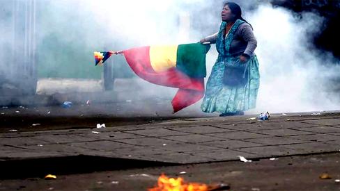 """Desdobramentos do Golpe na Bolívia: perseguições políticas, violência e o decreto """"Mordaça&quot"""