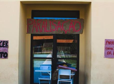 """Estudantes paralisam contra """"PEC do Fim da UNESP"""""""