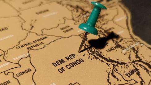 """""""O Estado Islâmico se expande na África"""""""