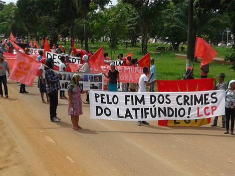 """""""Abaixo as mentiras da PM de Rondônia e dos sites 'marrons' a serviço do latifúndio"""""""