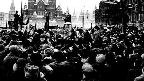 """""""O que a Revolução de Outubro fez pelas mulheres do ocidente?"""""""