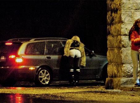 """""""Posição classista contra a prostituição"""""""