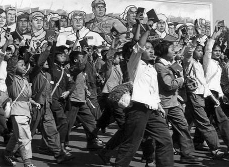 """""""A Grande Revolução Cultural Proletária"""""""