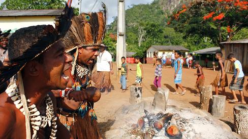 """""""Carta de denúncia do povo indígena Tupinambá de Olivença"""""""