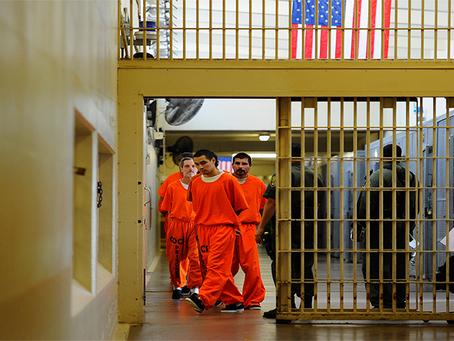 """""""EUA é um estado carcerário, torturador e assassino"""""""