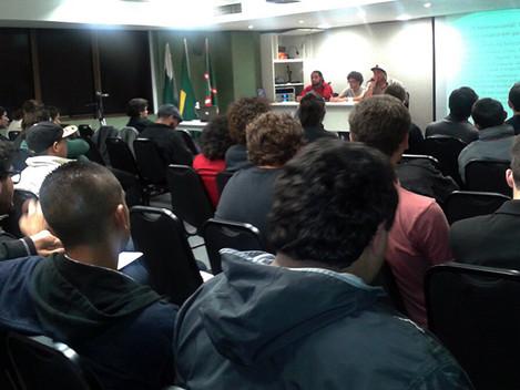 Seminário em solidariedade à Revolução Filipina realizado em Curitiba