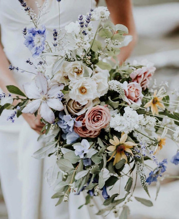7 Sensational Spring Bridel Bouquets