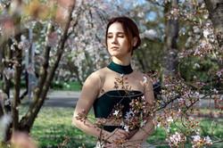 Портрет балерины в весеннем парке