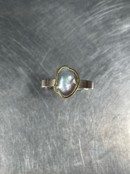 Grey Pearl Ring