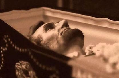 lincoln casket.jpg