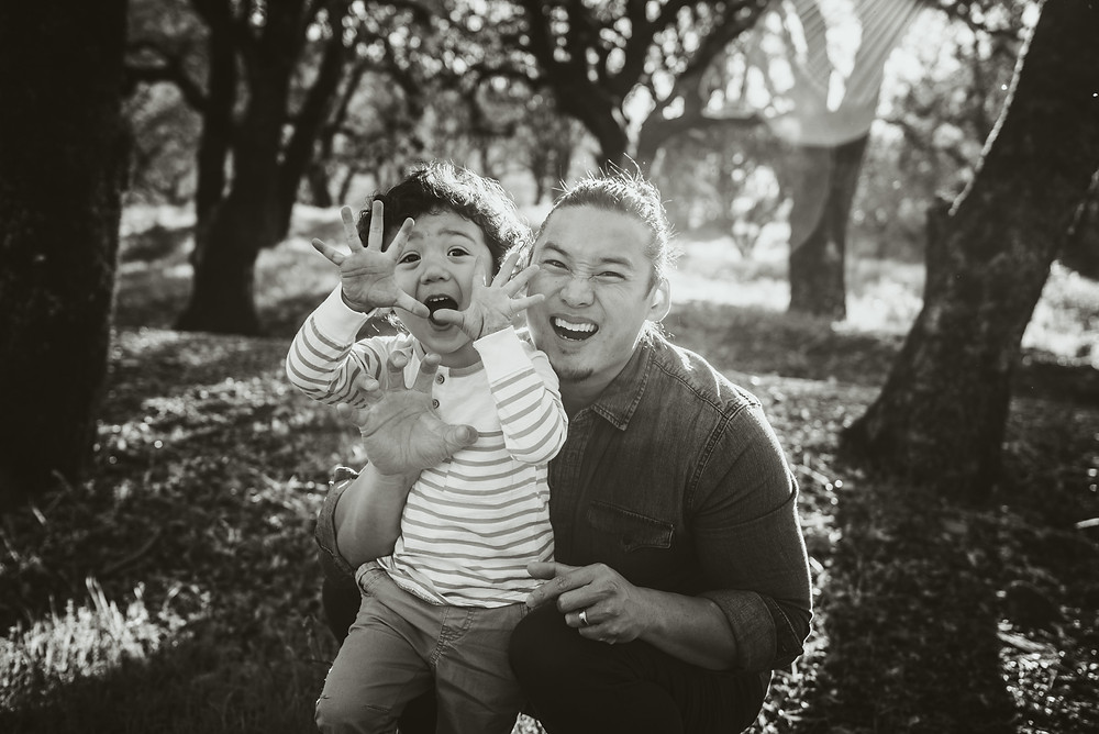 Napa family photographer, father and son