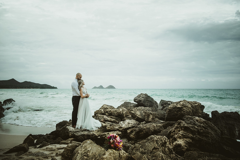 Destination elopement photography in Hawaii | Hemlock House Photography