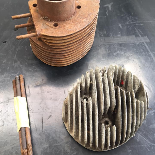 Vespa SS180 cylinder and head was in need of blast cleaning after 20 years in the shed