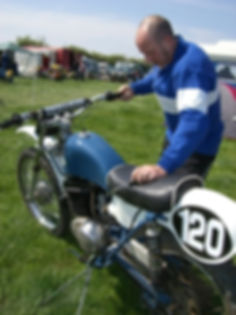 Fred pre65 classic scramble racing his Greeves motorcycle