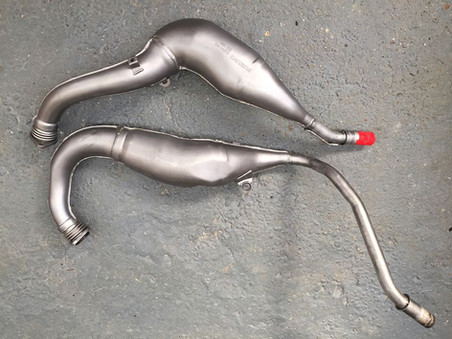 Post aqua blasted Suzuki RGV 250 exhaust pipes