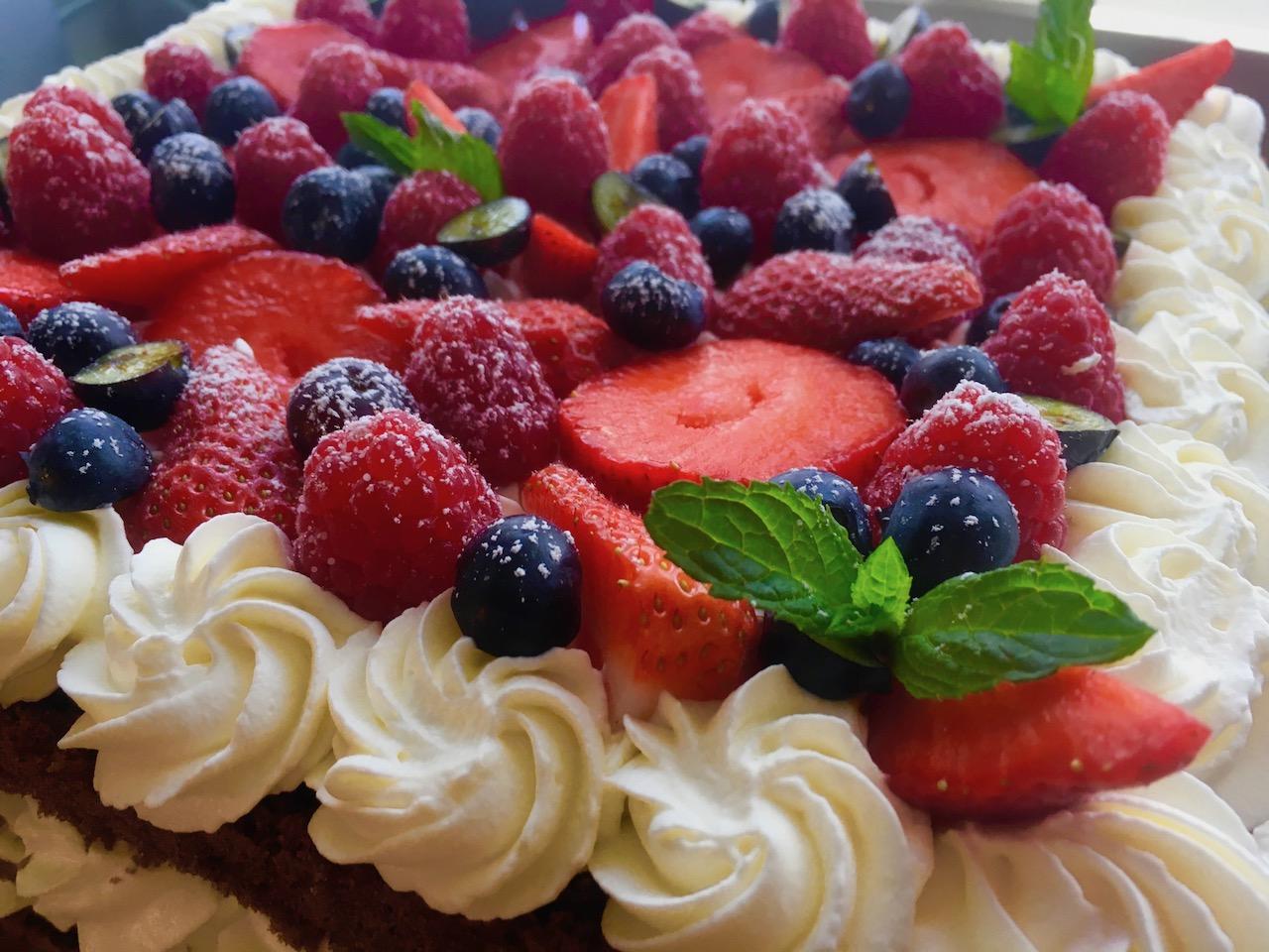 Open cake ai frutti di bosco