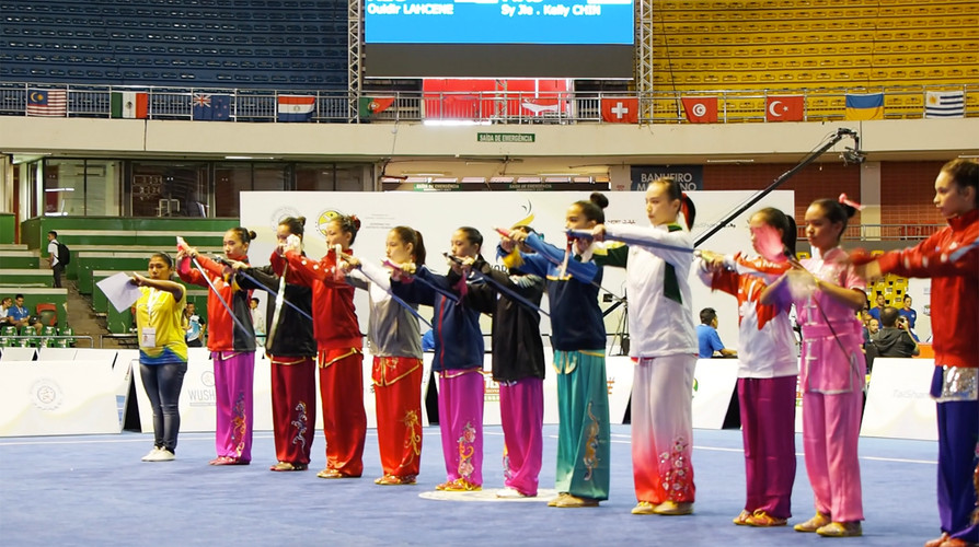 Jianshu Girls Group B Salute World Junio