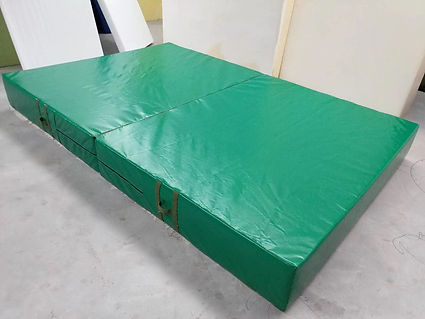 Green crash mat NZ Wushu Shop.jpg