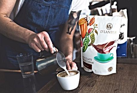 CAFE D'LANIER CHOC DRINK_edited.jpg