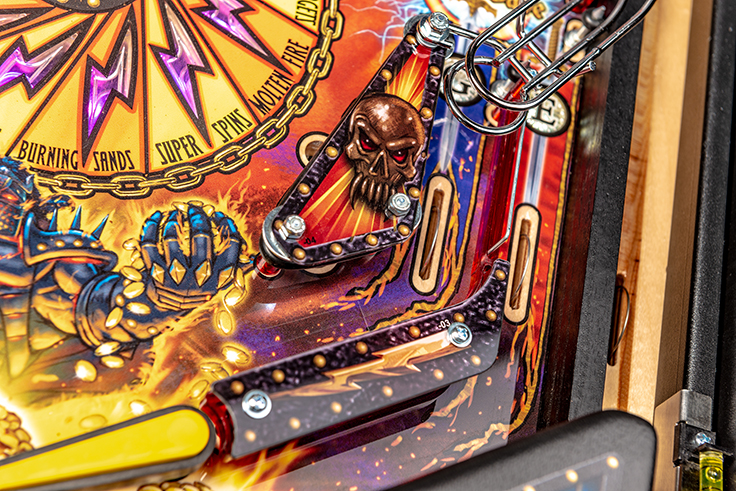 Black-Knight-Pro-Pinball-Machine-12