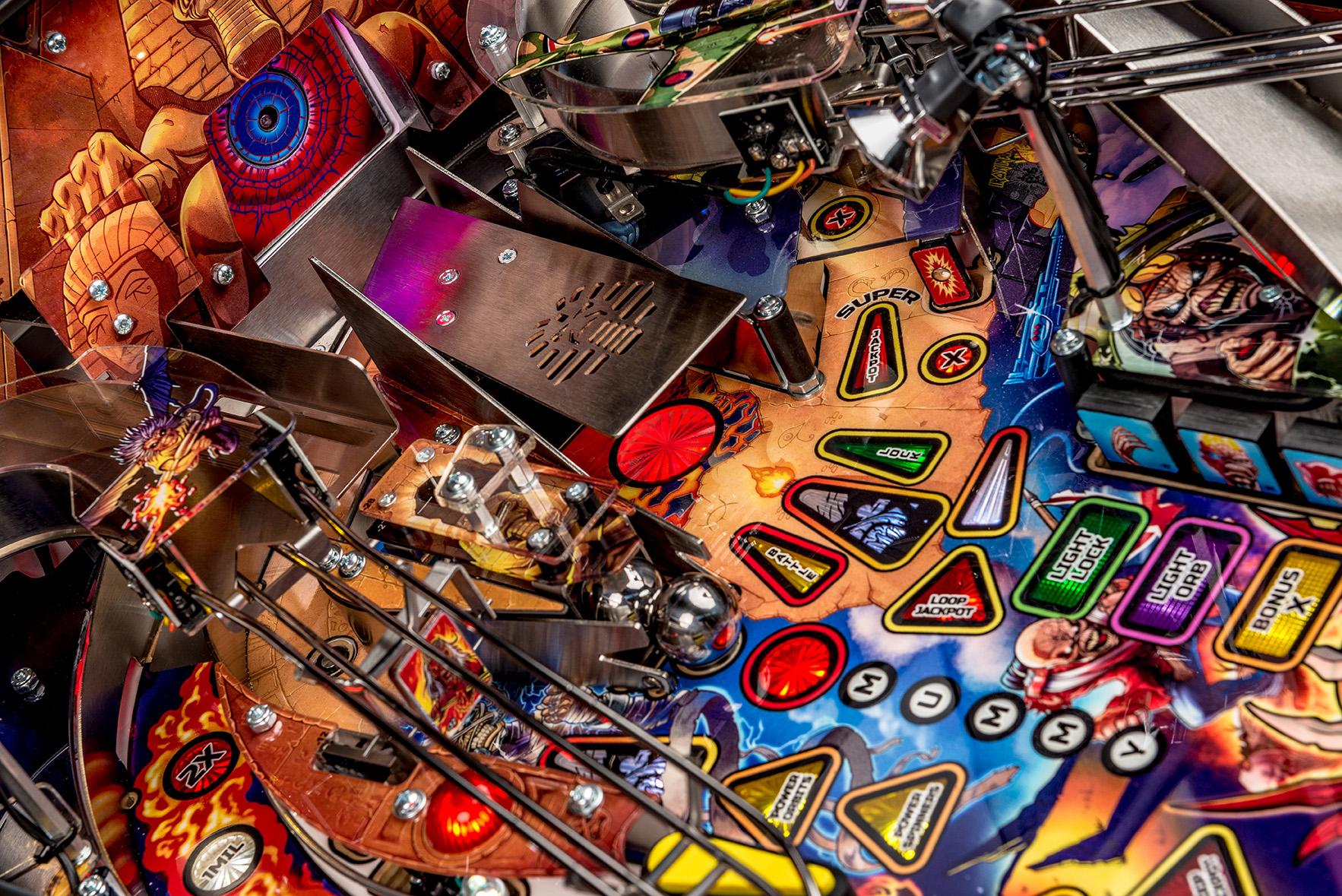 Iron-Maiden-Pinball-Machine-08a