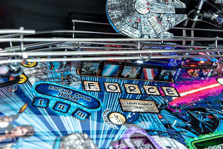 Stern Pinball Machine Star Wars LE Detai