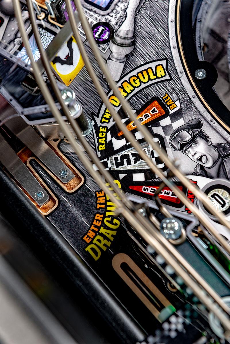 Munsters-Pinball-Premium-Details-11