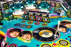 Beatles-Pinball-Machine-Gold-Detail-04