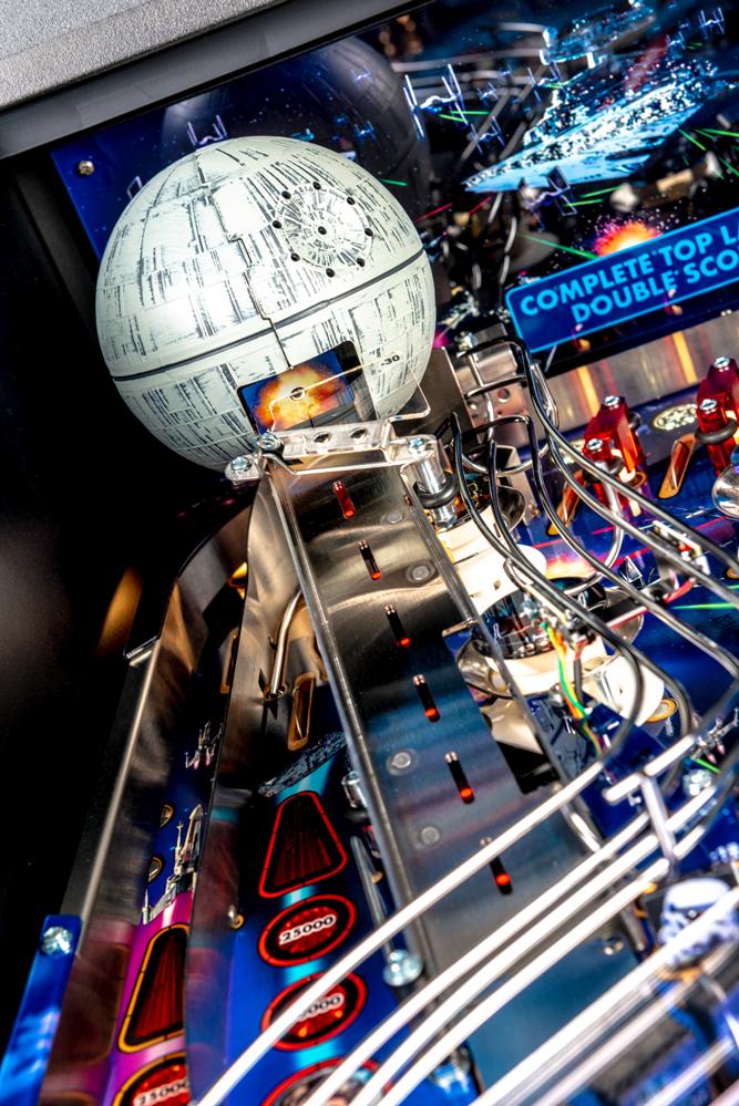 Star_Wars_Pin_Pinball_Machine_13