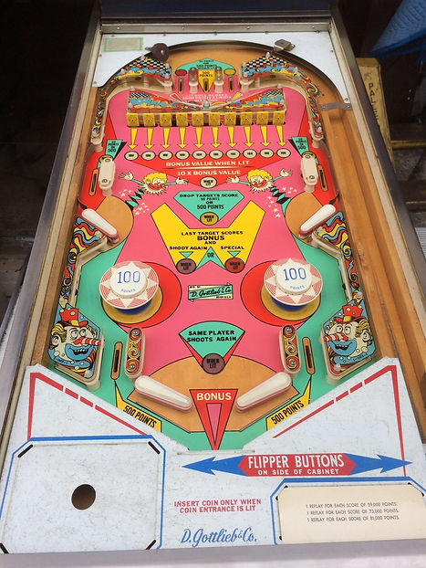 Jumping-Jack-Pinball-Machine-02.jpg