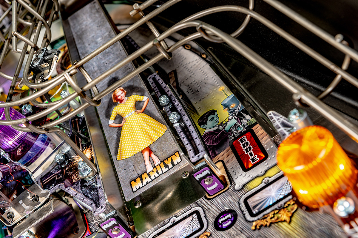 Munsters-Pinball-Pro-Details-15