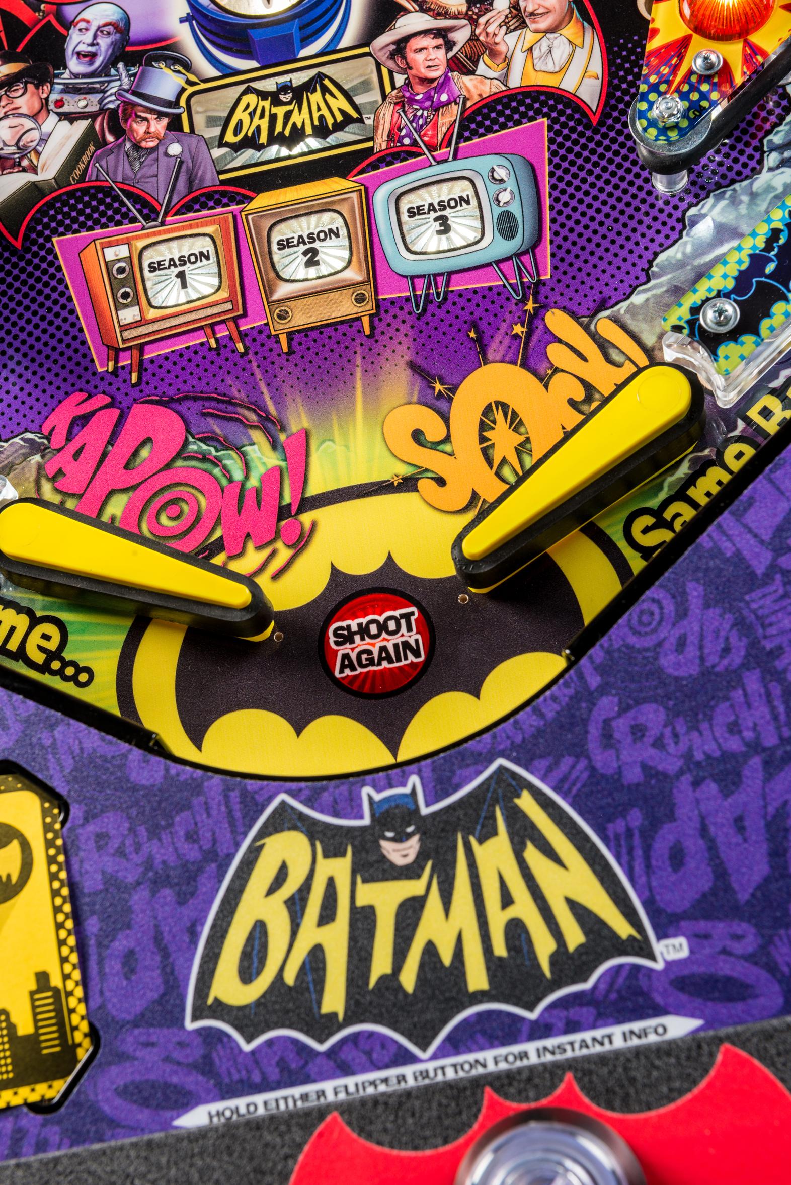 Batman66Premium-Detail-011