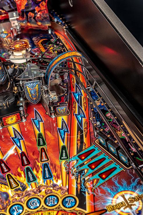 Black-Knight-Pro-Pinball-Machine-08