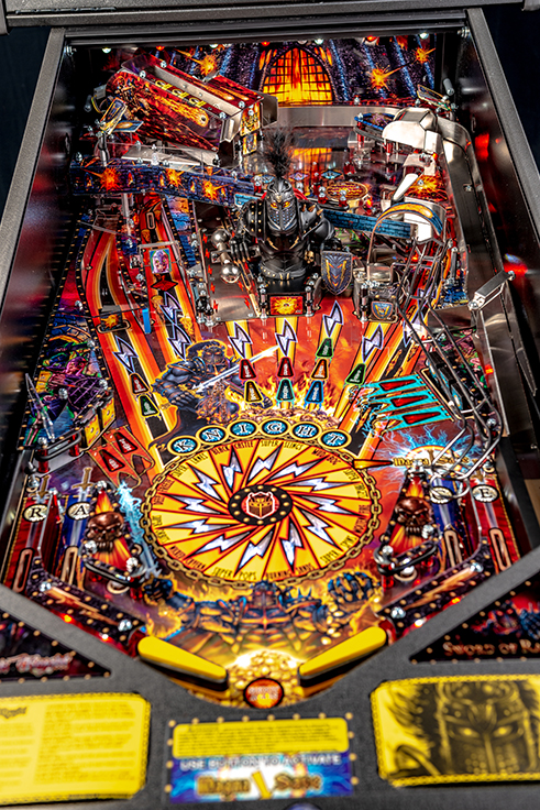 Black-Knight-Premium-Pinball-Machine-15.