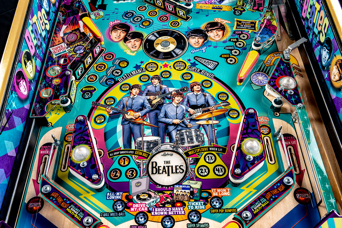 Beatles-Pinball-Machine-Gold-Detail-02