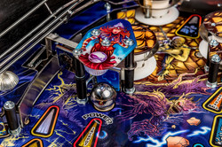 Iron-Maiden-Pinball-Machine-12a