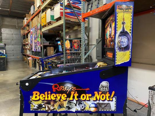 Ripleys 03 Pinball Machine.jpg