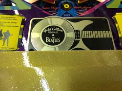 Beatles-Pinball-Machine-Gold